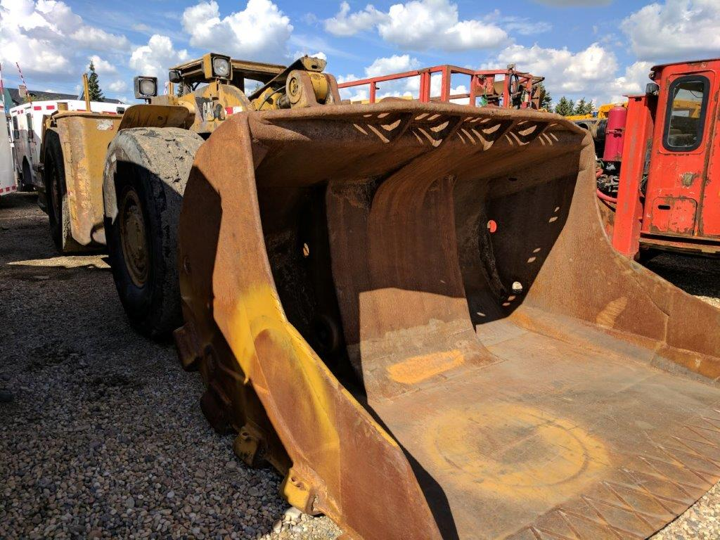2011 CATERPILLAR R1600 LOADER