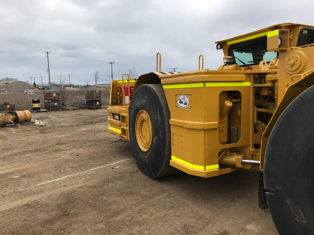 2011 Caterpillar R1700G Loader